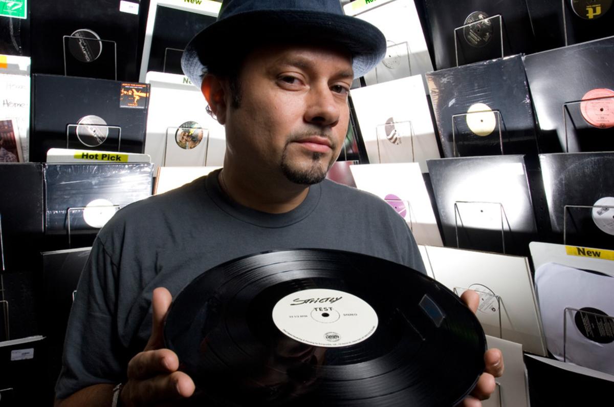 Little Louie Vega in 8 tracks